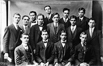 Grupo de intelectuales antioqueños