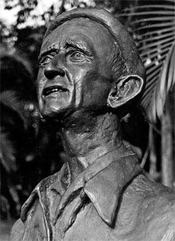 Fernando González Ochoa (1895-1964) - Busto en bronce por Leonel Estrada