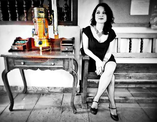 Lucía Estrada obtuvo el Premio de Poesía Ciudad de Bogotá 2017 - Foto © Manel Dalmau