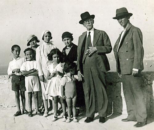 Carlos E. Restrepo, Fernando González y familia
