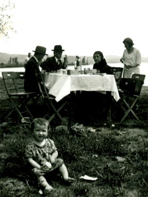Fernando González y familia Restrepo Gaviria