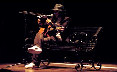 Cantautor Alejo García / Fotografía por Caliche Visual Music