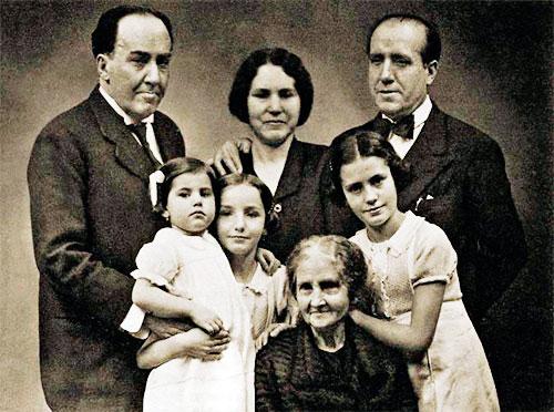 Familia de Antonio Machado Ruiz (1875-1939)