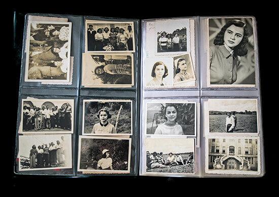Fotografía del proyecto patrimonial Hábitat Latente - Álbum familiar de Raquelita de Bedout, Casa de las Presencias.