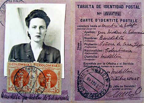 Documento que acreditaba a Benedikta Zur Nieden de Echavarría como ciudadana colombiana en 1948. Foto tomada del libro «Diarios de una mujer valiente».