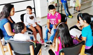 Actividades realizadas con niños y jóvenes en la Biblioteca Municipal Hernando López Rodríguez.