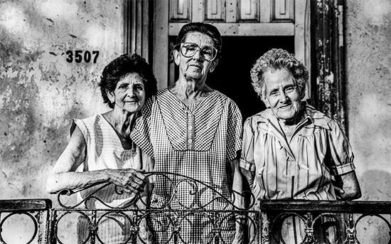 «Mama, Cuca y Tota - Las tías» - Foto © Diego Arango Bustamante