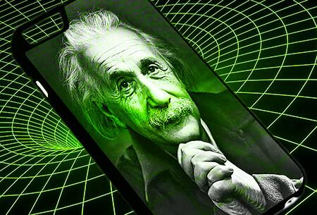 Foto de Albert Einstein en un smartphone y con ilustración de fondo del espacio-tiempo