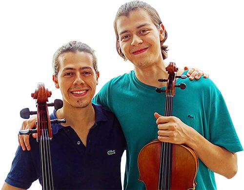 Sebastián Bernal-Montaña (cello) y Nicolás Bernal-Montaña (viola)