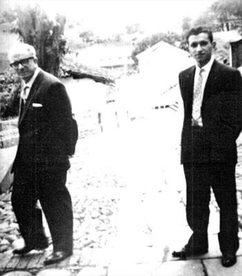 José Manuel Arango con su padre