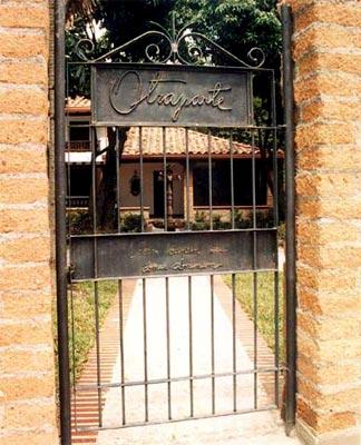 Casa Museo Otraparte - Puerta principal