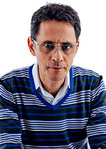 Pablo Montoya Campuzano | Foto por Adriana Agudelo