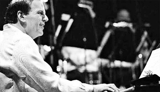 """Rafael Ángel """"Raphy"""" Leavitt (1948 - 2015)"""