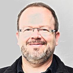 Víctor Manuel Mejía